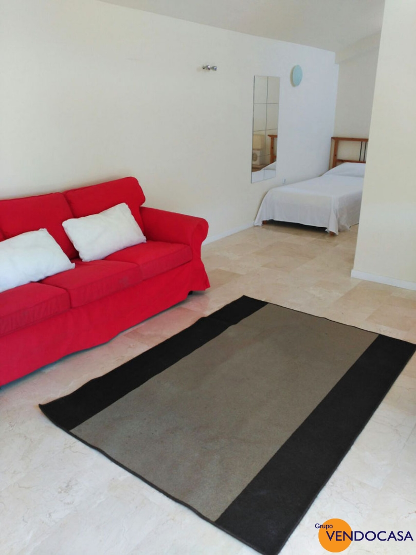 Fornt line apartment with sea view