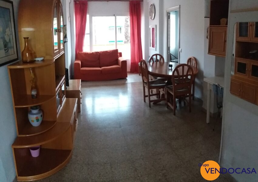 2 bedroom apartment with sea view