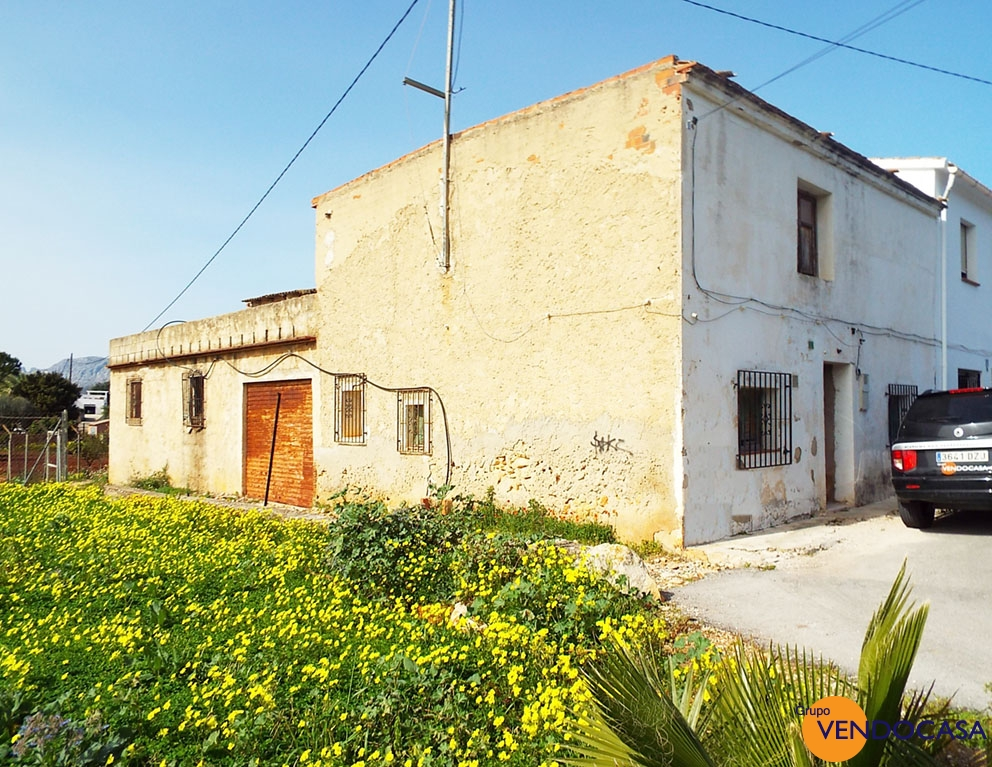 Nice country house to reform at La Jara title=