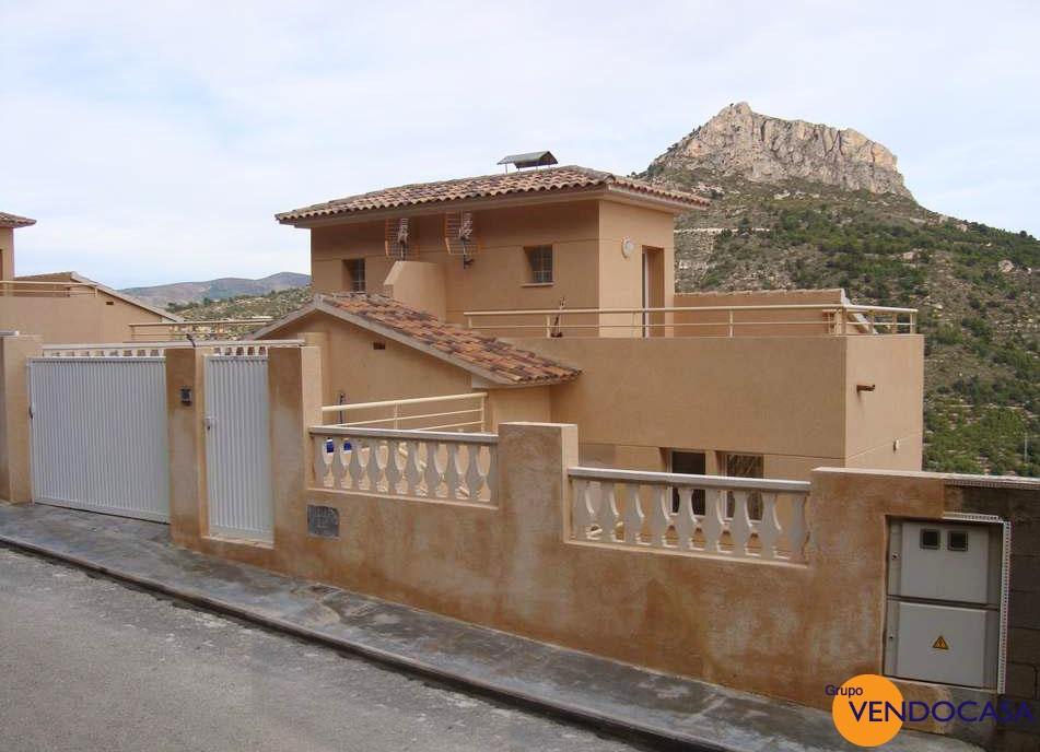 Semi attached villa with superb sea view