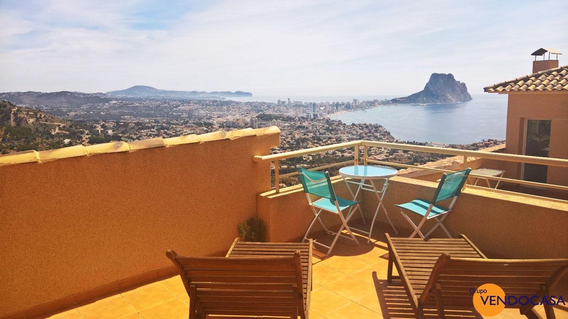 Semi detached Villa with sea view