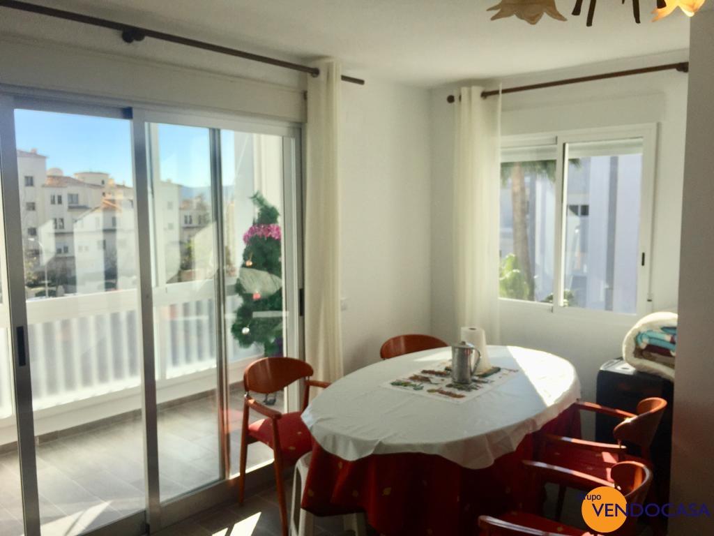 Nice reformed 4 bedroom apartment