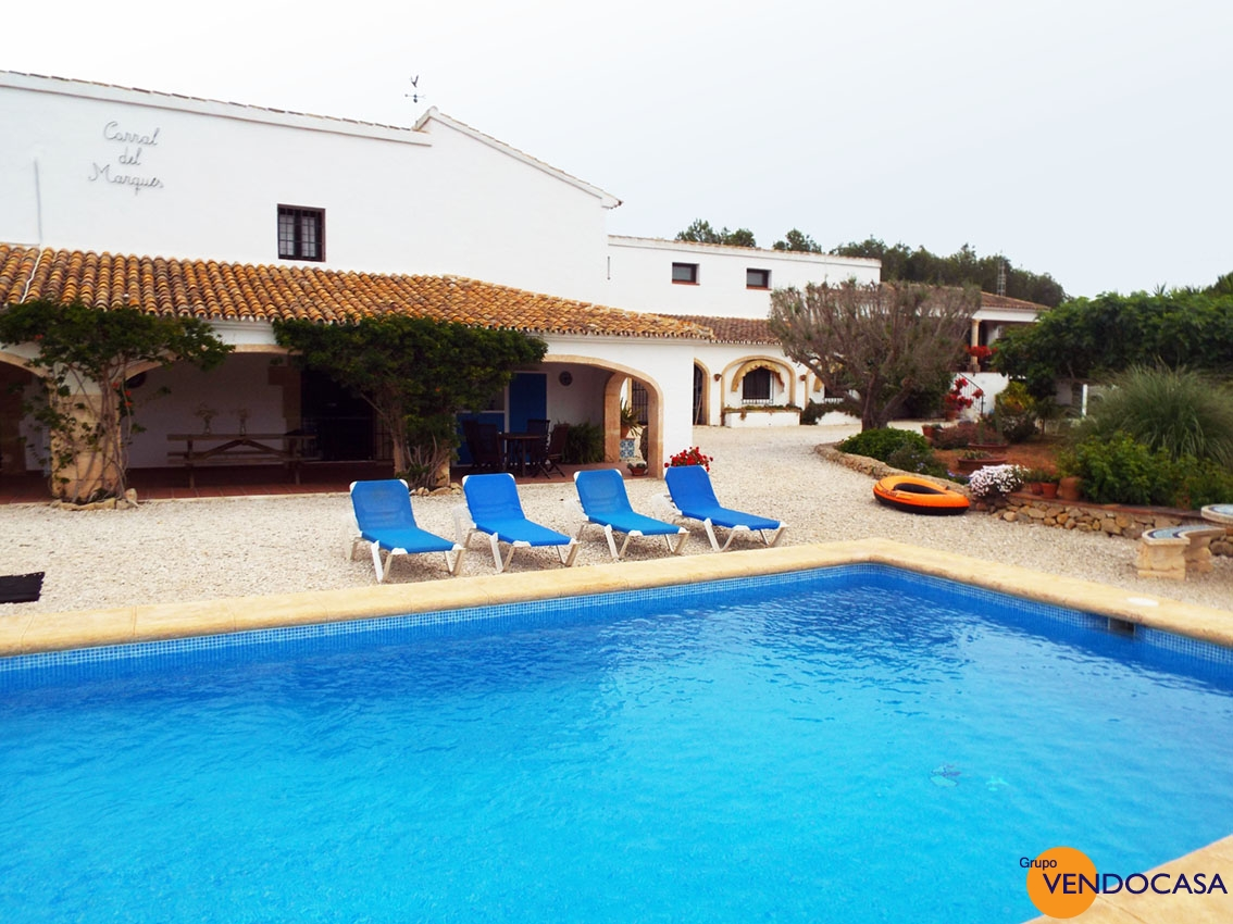 Superb finca next to the Javea golf