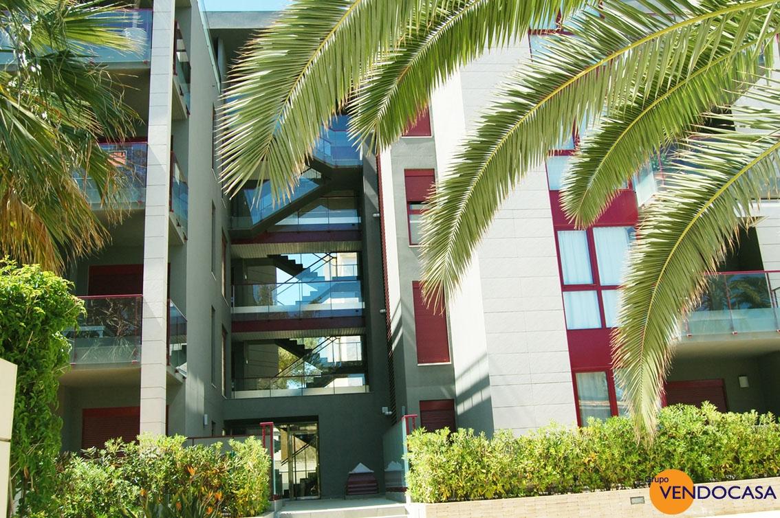 luxury apartment oposite Club Nautica Denia