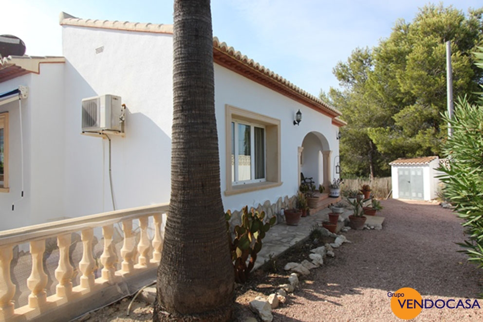 Nice villa at urb. Covatelles Javea