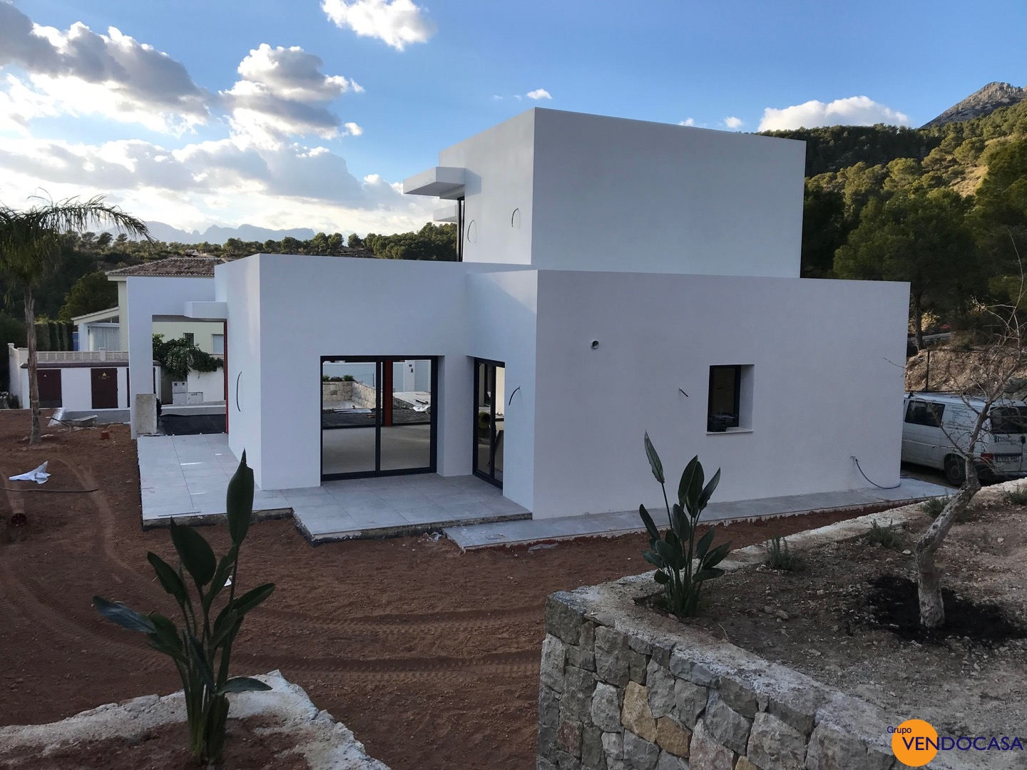 New build luxury villa at urb Monterico