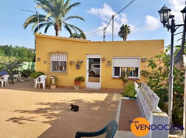 Small 2 bedroom villa near la sella golf