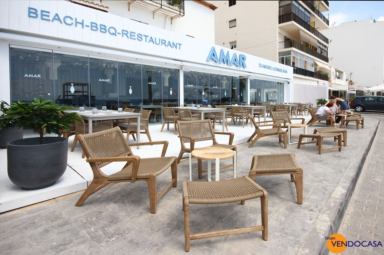 Frontline restaurant loung bar in Altea