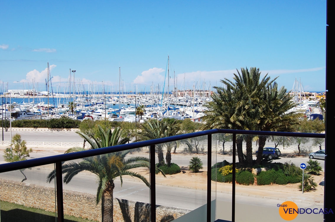 luxury apartment oposite Club Nautica Denia